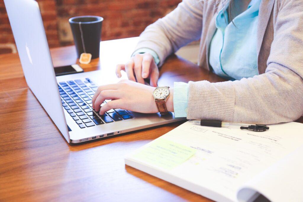 Potřebujete podklady pro seminární nebo bakalářskou práci?