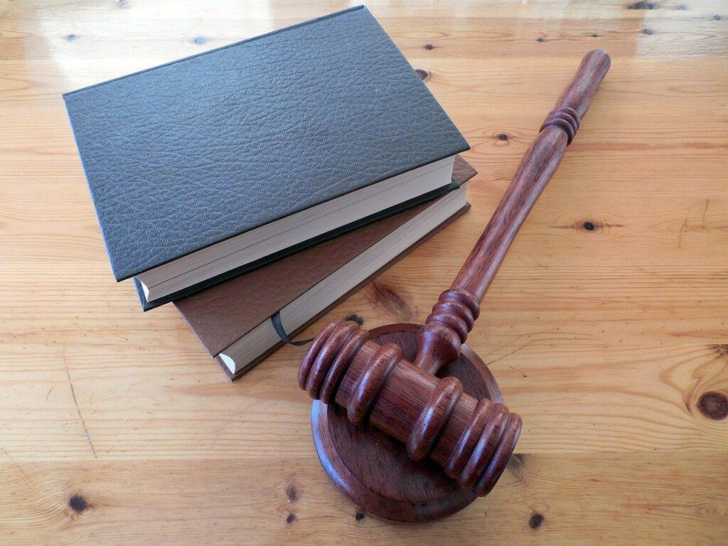 Právo v nemovitostech a realitách